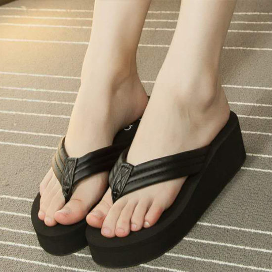 New Fashion Slippers/Female Slippers/Female Slippers with Thick Soles pictures & photos