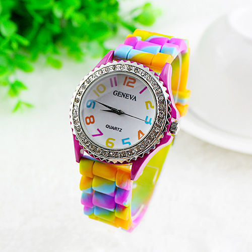 New Fashion Colorful Silicone Jelly Watch for Promotional pictures & photos