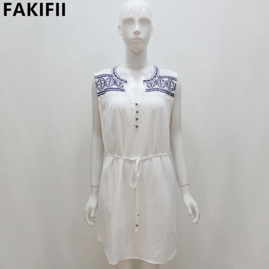 New Design Customised Fashion Women White Embroidery Dress pictures & photos