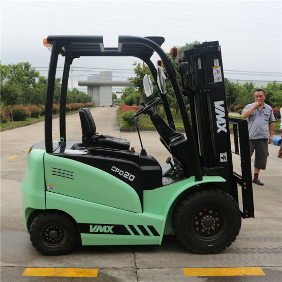 how to use a forklift