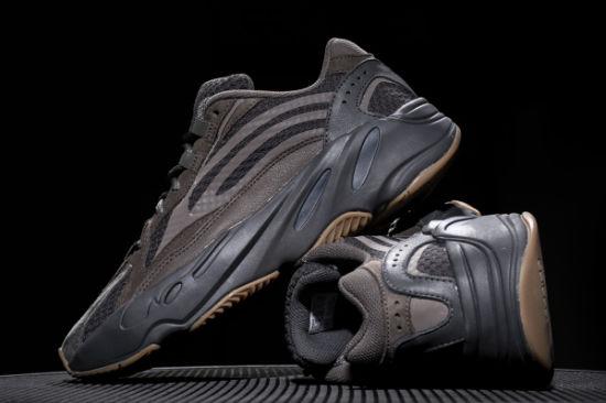 size 40 ec6b5 7625e 2019 Mauve 700 Wave Runner Mens Women Designer Sneakers New 700 V2 Static  Best Quality Kanye West Sport Shoes