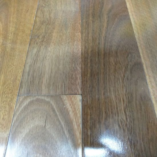 China Solid Australian Spotted Gum Hardwood Flooring China Spotted