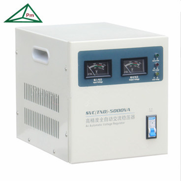 in Stock 45 Degree Centigrade Opearated Single Phase White or Black Panel Color Customizable Automatic 5kw 220V 110V AC Voltage Stabilizer pictures & photos