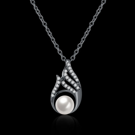 Fashion Shell Pearl Inset Zircon Drop Shape Pendant Necklace Pearl Necklace for Women pictures & photos