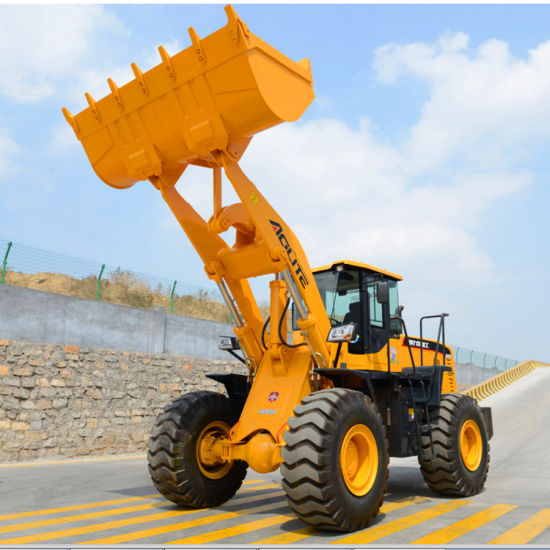 3 Ton Bucket Loader with Kinds of Loader Attachments pictures & photos