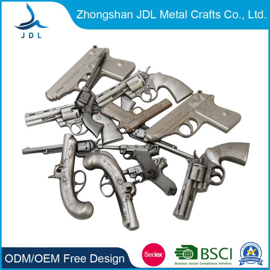 Factory Direct Custom High Qualitty Promotional Souvenir Die Casting Metal Craft Zinc Alloy 3D Gun Replica Collection Military Pin Fashion Badge/ Police Badge