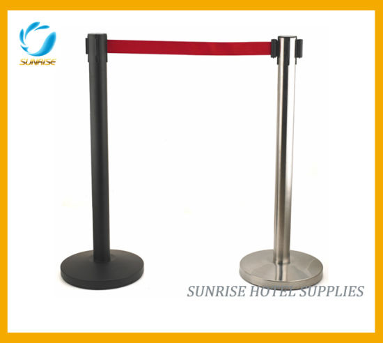 High Quality Queue Pole with Brushed Finish pictures & photos