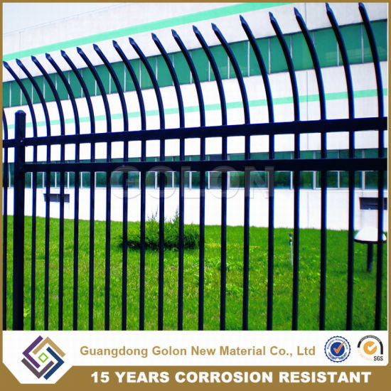 Professional Manufacturer Made Galvanized Steel Grassland Farm Garden Fence pictures & photos