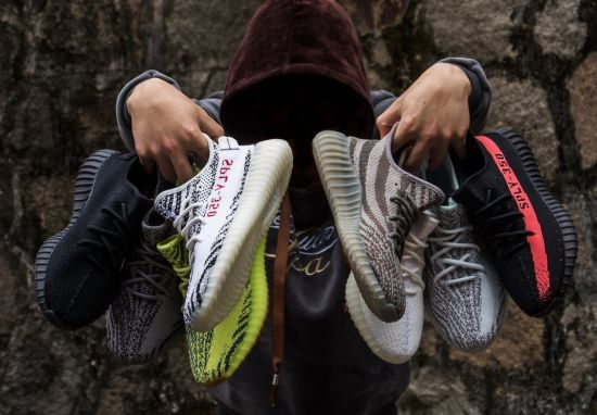New Yeezy Kanye 350V2 Sports Boots Yeezy Running Sneakers Shoes