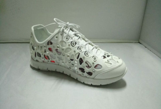 Lady Kpu Rubber with Diamond Flat Outsole Sneaker pictures & photos