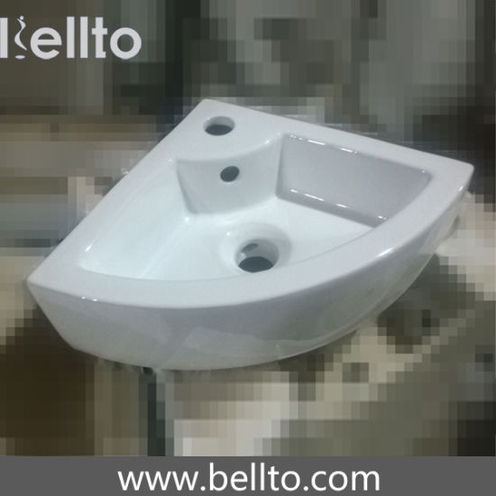 Small Wall hung Corner mounted Wash Basin (3503B) pictures & photos