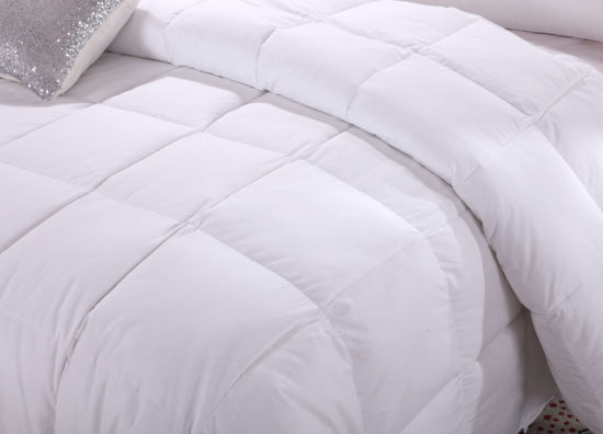 White Color 1.2D Siliconized Fiber Bedding Quilt pictures & photos