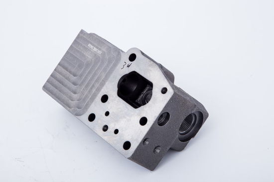 Cast Iron Aluminum Gravity Casting Stainless Steel Investment Casting Sand Casting Truck Car Motor Spare Parts