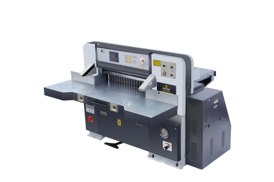 Hydraulic Driving High Quality Computerized Guillotine Paper Cutting Machine (QZK780D-8)