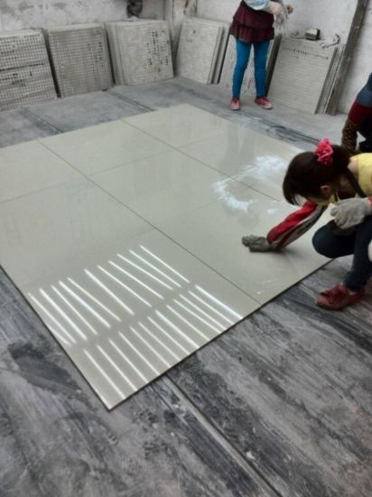 Decorate 600*600 Polished Porcelain Floor Tile (white and black) pictures & photos