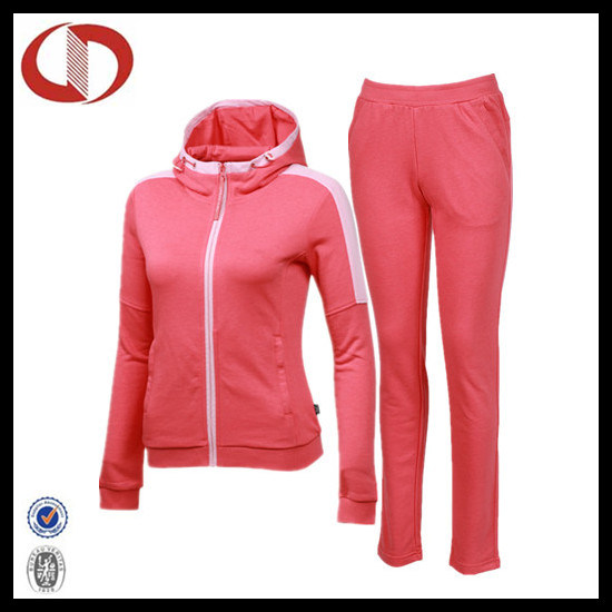 New Pattern Custom Made Cotton Sports Suit for Women pictures & photos