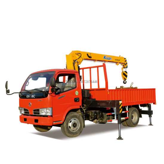 Good Quality Dongfeng 4X2 Type 2tons Crane Truck