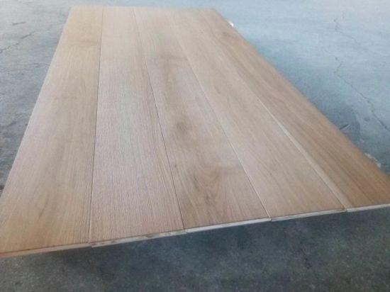 China 75 Wide Wire Brushed White Oak Engineered Hardwood Flooring