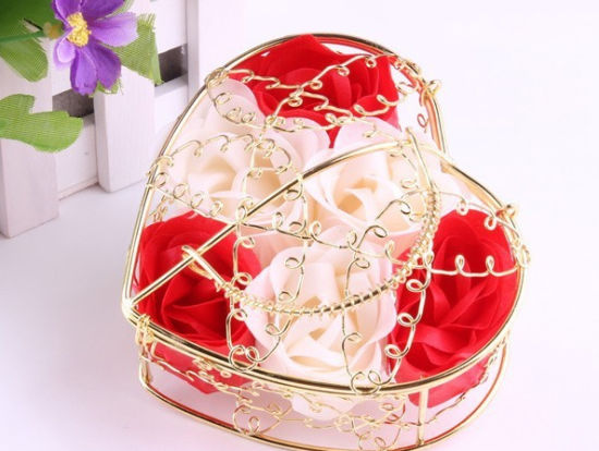 China Wedding Gifts Favor Rose Soap With Iron Basket China Soap
