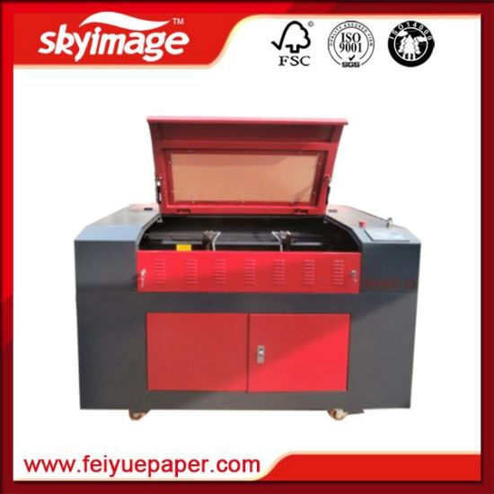 Chinese Single Head Fiber Laser Cutting Machine for Fabric/ Metal pictures & photos