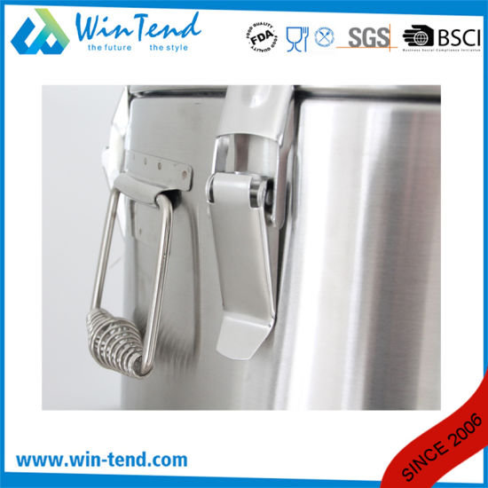 Hot Sale Stainless Steel Economic Type 6 Buckle Portable Insulation Foaming Restaurant Barrel for Transport pictures & photos