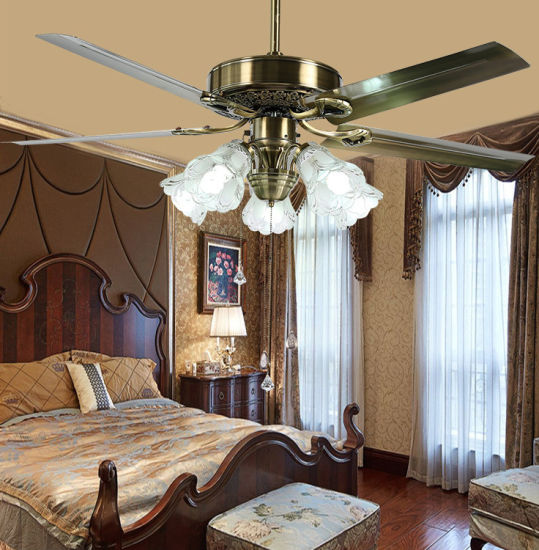 Ceiling Mounted Pendant Light LED Ceiling Fan Light China Supplier pictures & photos