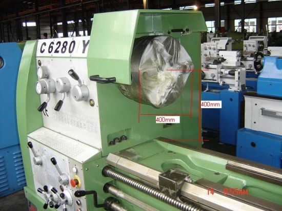Large Spindle Bore Precision Lathe Machine (Cy6280/3000) pictures & photos