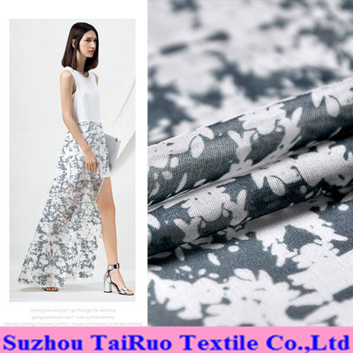 8mm Reactive Printed Crepe Silk Fabric for Lady Dress Fabric pictures & photos