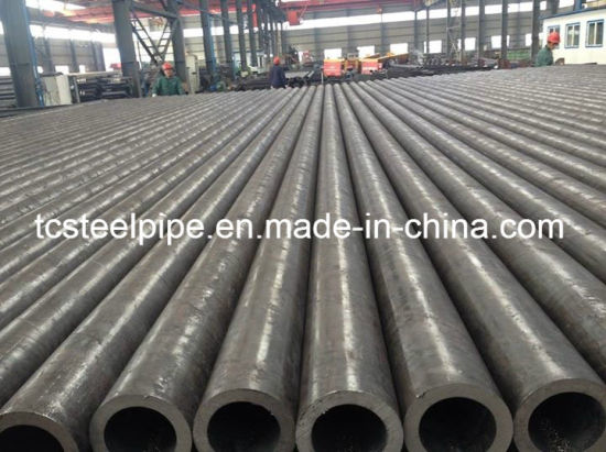 API 5L ASTM A213-T2 Prime Alloy Steel Seamless Pipe pictures & photos