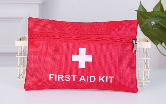 Outdoor Travel Family Use Portable Medical Equipment Emergency First-Aid Kit/Bag