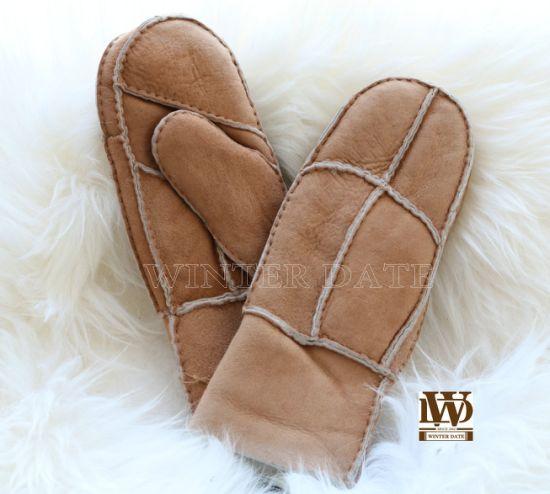 Merino Sheepskin/Lamb Wool/ Fur/Leather/Shearling Fashion Nappa/Suede Patch Sheepskin Unisex Glove/Mitten with Handsewn
