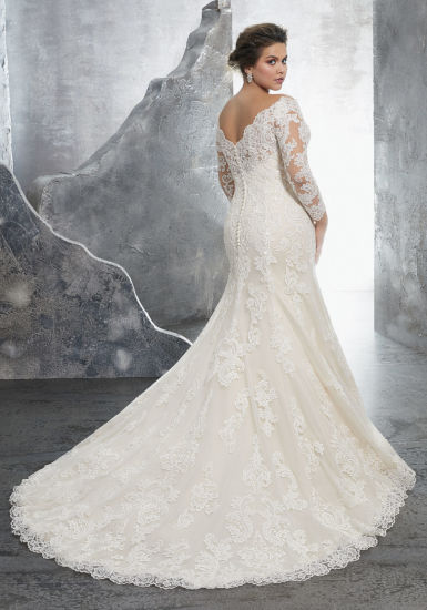 3/4 Sleeves Bridal Dress Lace Appliqued Plus Size Wedding Gown Lb3231 pictures & photos