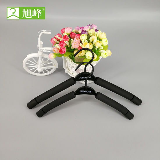 Top Quality Best Price Sponge Hanger for Adult and Baby pictures & photos
