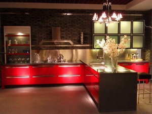 2018 New Style Modern Red High Gloss Lacquer Kitchen Cabinets Furniture pictures & photos