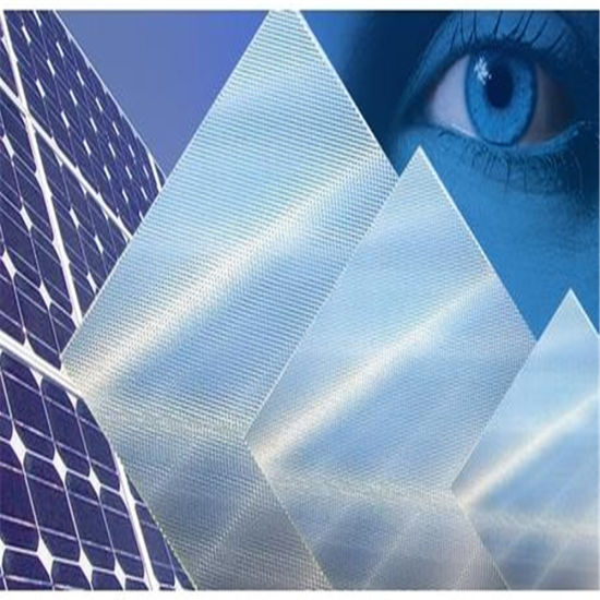 Anti-Reflective Coating Tempered Solar Glass for Solar Panel pictures & photos