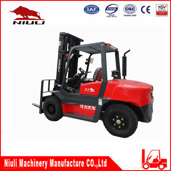 CPC70/Cpcd70 with Best Quality Diesel Forklift pictures & photos