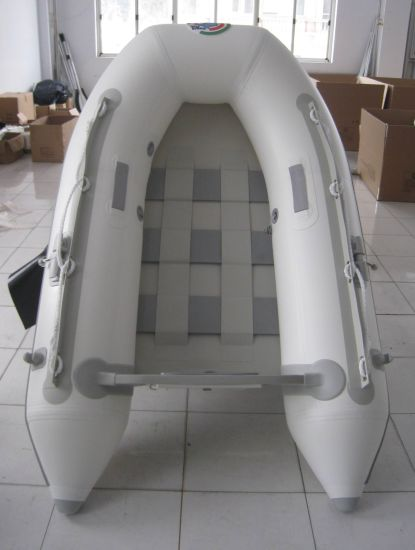 Luxury SD Series Inflatable Fishing Boat pictures & photos