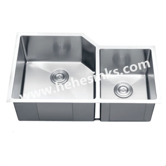Undermount Double Bowl Handmade Sink, Stainless Steel Handcraft Sink, Kitchen Sink (HMRD3320L) pictures & photos