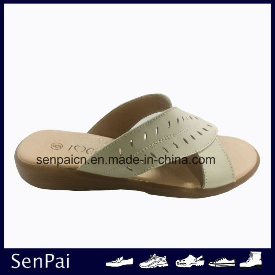 Women Action Leather Sandals Flat Fashion Footwear pictures & photos