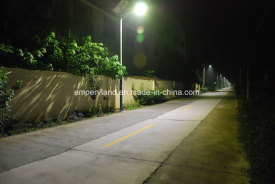 60W Solar LED Street Light for Promotion pictures & photos