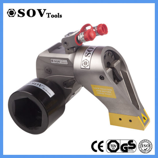 Motorized Hydraulic Torque Wrench With Socket