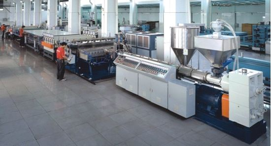 Plastic Thick Board, Sheet Extrusion Machine pictures & photos