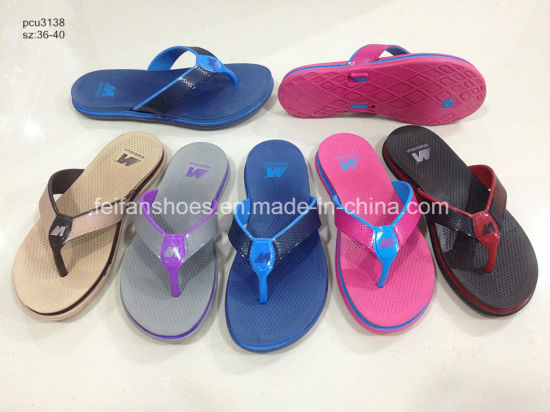 c598dc60f7b9 China Cheap Price Women PVC Slippers Indoor Sandals Flip Flops ...