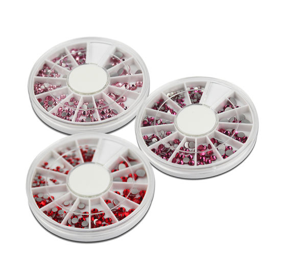 Red Rhinestones in Wheel pictures & photos