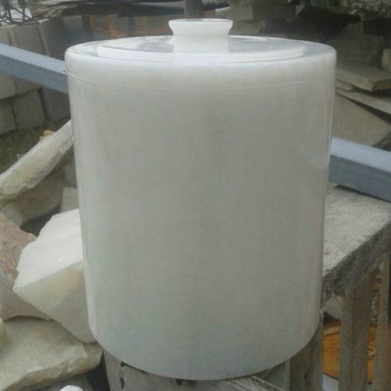 Natural White Marble Cemetery Urns for Ashes pictures & photos