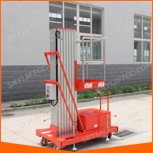 Electric Single Mast Portable Man Lift pictures & photos