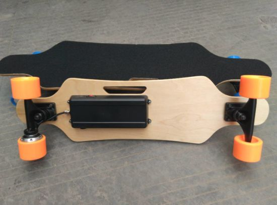 4 Wheel Electric Skateboard with Long Board pictures & photos