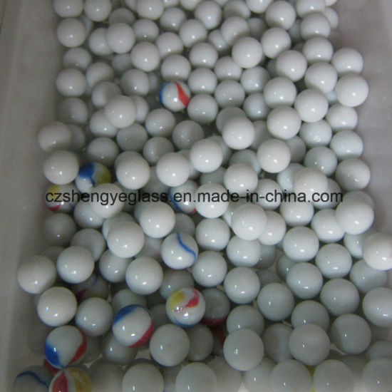 China Factory Supply Solid Clear Colored Glass Ball for Decoration pictures & photos