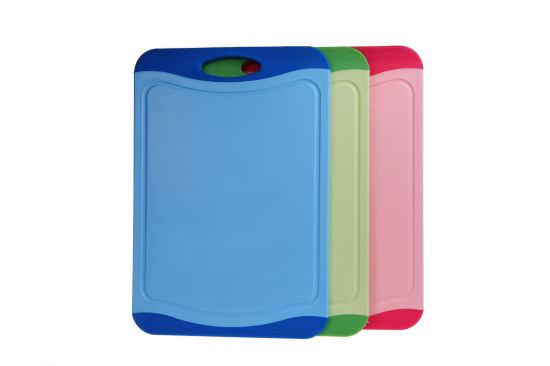Classic Kitchen Chopping Board with Soft Handle and Anti-Slip Edges