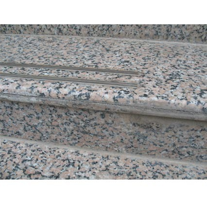 China Factory Price Natural Granite Stairs Steps High Quality Building Materials